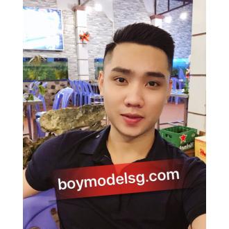 số 130 Minh Hotboy cao 1m78 - 73kg
