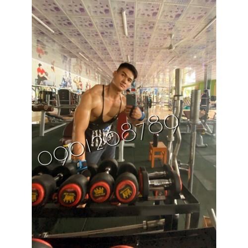 số 817 siêu mẫu cao 185 80 kg