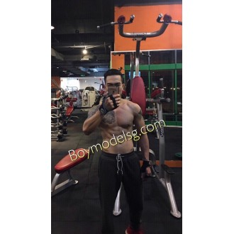 792 gym boy ca0 180 74 kg hang cuc Khung